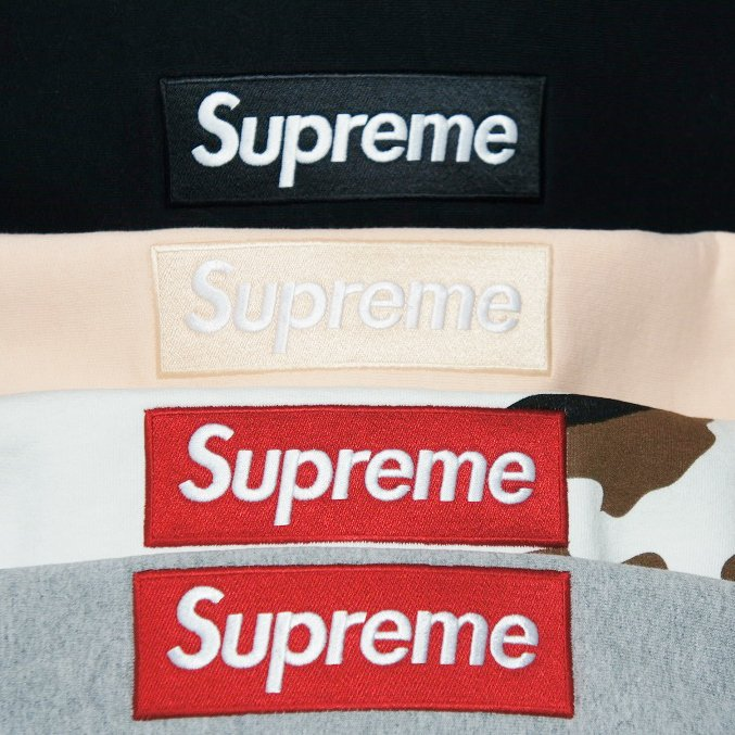 Supreme Box Logo Hooeded Sweatshirt<img class='new_mark_img2' src='https://img.shop-pro.jp/img/new/icons47.gif' style='border:none;display:inline;margin:0px;padding:0px;width:auto;' />