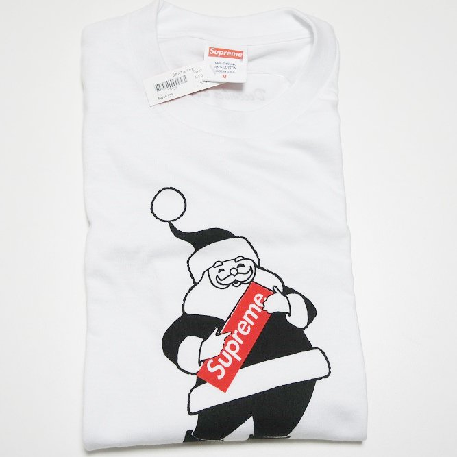 Supreme Santa Christmas Tee 2016<img class='new_mark_img2' src='//img.shop-pro.jp/img/new/icons47.gif' style='border:none;display:inline;margin:0px;padding:0px;width:auto;' />