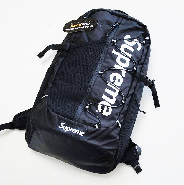 Supreme Box Logo Back Pack<img class='new_mark_img2' src='//img.shop-pro.jp/img/new/icons47.gif' style='border:none;display:inline;margin:0px;padding:0px;width:auto;' />