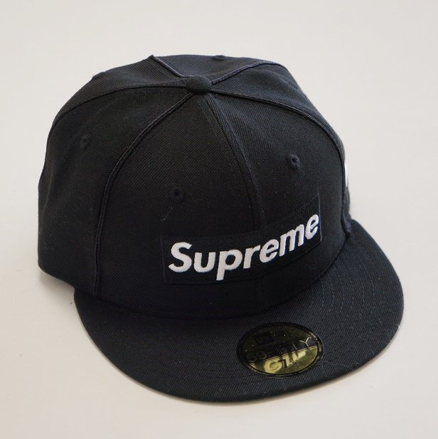Supreme Box Logo Piping New Era Cap<img class='new_mark_img2' src='https://img.shop-pro.jp/img/new/icons47.gif' style='border:none;display:inline;margin:0px;padding:0px;width:auto;' />