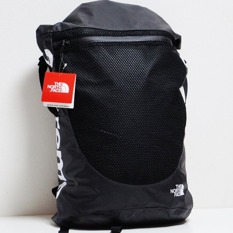 Supreme The North Face Waterproof Backpack<img class='new_mark_img2' src='//img.shop-pro.jp/img/new/icons15.gif' style='border:none;display:inline;margin:0px;padding:0px;width:auto;' />