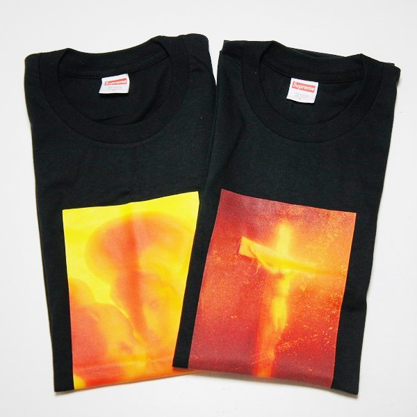 Supreme Madonna & Child / Piss Christ Tee<img class='new_mark_img2' src='https://img.shop-pro.jp/img/new/icons47.gif' style='border:none;display:inline;margin:0px;padding:0px;width:auto;' />