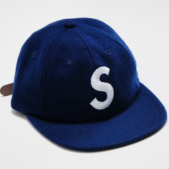 Supreme Wool S Logo 6-Panel<img class='new_mark_img2' src='https://img.shop-pro.jp/img/new/icons47.gif' style='border:none;display:inline;margin:0px;padding:0px;width:auto;' />