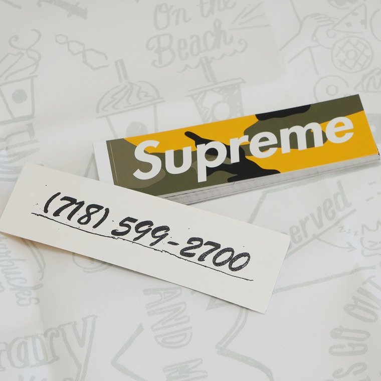 Supreme Brooklyn Box Logo Sticker<img class='new_mark_img2' src='//img.shop-pro.jp/img/new/icons15.gif' style='border:none;display:inline;margin:0px;padding:0px;width:auto;' />