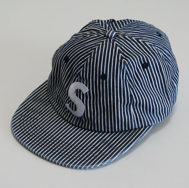 Supreme Washed Denim S Logo 6-Panel<img class='new_mark_img2' src='//img.shop-pro.jp/img/new/icons16.gif' style='border:none;display:inline;margin:0px;padding:0px;width:auto;' />