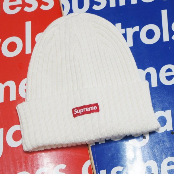 Supreme Overdyed Ribbed Beanie<img class='new_mark_img2' src='//img.shop-pro.jp/img/new/icons15.gif' style='border:none;display:inline;margin:0px;padding:0px;width:auto;' />