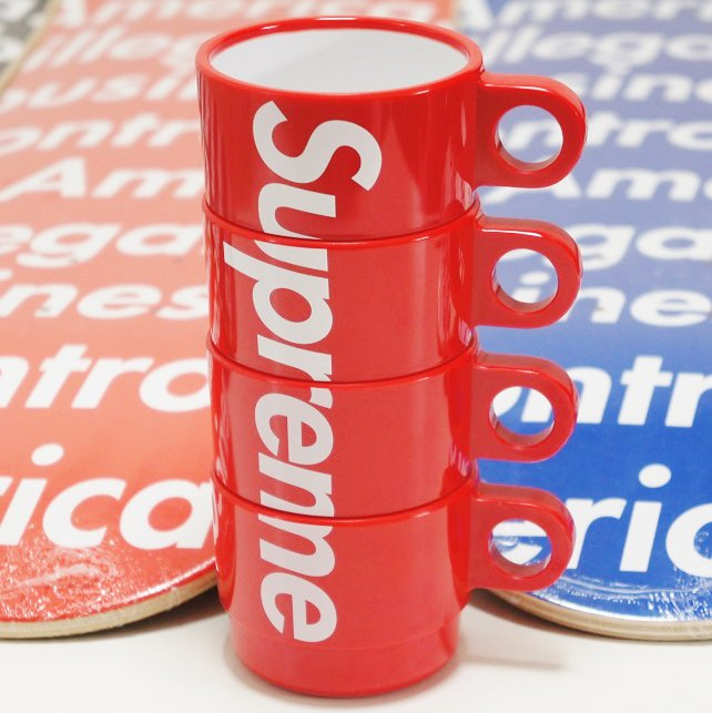 Supreme Stacking Cups<img class='new_mark_img2' src='https://img.shop-pro.jp/img/new/icons47.gif' style='border:none;display:inline;margin:0px;padding:0px;width:auto;' />