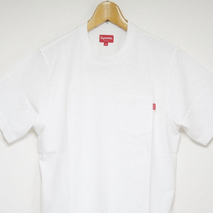 Supreme Pocket Tee<img class='new_mark_img2' src='https://img.shop-pro.jp/img/new/icons47.gif' style='border:none;display:inline;margin:0px;padding:0px;width:auto;' />