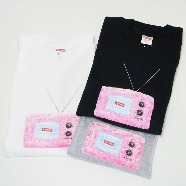 Supreme TV Tee<img class='new_mark_img2' src='https://img.shop-pro.jp/img/new/icons47.gif' style='border:none;display:inline;margin:0px;padding:0px;width:auto;' />