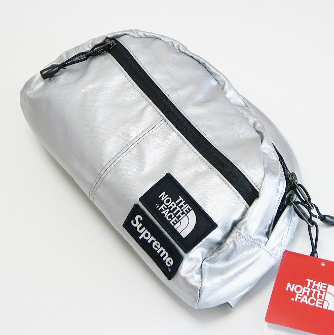 Supreme The North Face Roo II Lumbar Pack<img class='new_mark_img2' src='https://img.shop-pro.jp/img/new/icons47.gif' style='border:none;display:inline;margin:0px;padding:0px;width:auto;' />