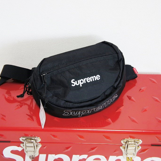 Supreme Waist Bag<img class='new_mark_img2' src='https://img.shop-pro.jp/img/new/icons15.gif' style='border:none;display:inline;margin:0px;padding:0px;width:auto;' />