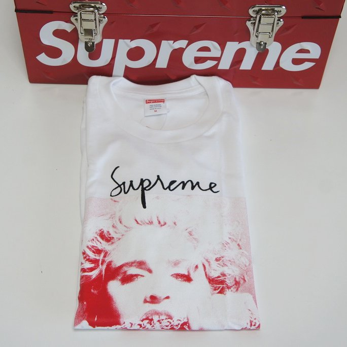 Supreme Madonna Tee<img class='new_mark_img2' src='//img.shop-pro.jp/img/new/icons15.gif' style='border:none;display:inline;margin:0px;padding:0px;width:auto;' />