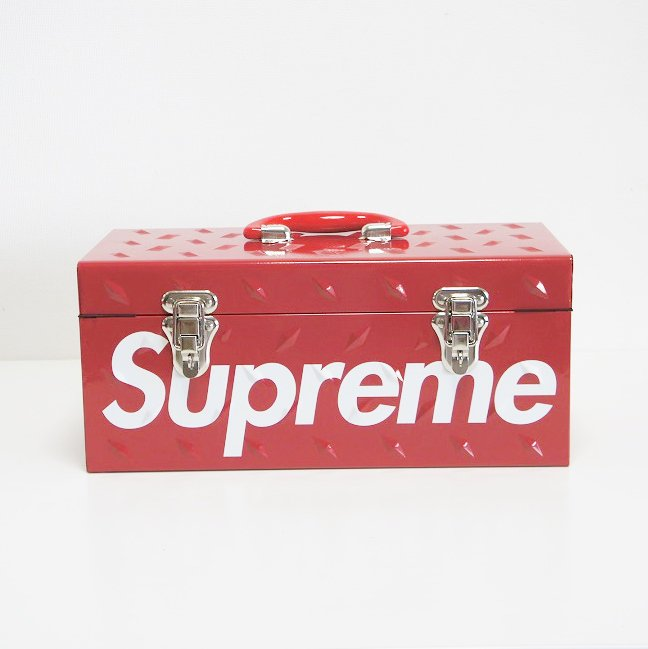 Supreme Diamond Plate Tool Box <img class='new_mark_img2' src='https://img.shop-pro.jp/img/new/icons47.gif' style='border:none;display:inline;margin:0px;padding:0px;width:auto;' />
