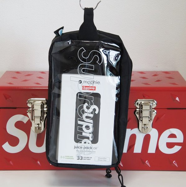 Supreme Utility Bag<img class='new_mark_img2' src='//img.shop-pro.jp/img/new/icons16.gif' style='border:none;display:inline;margin:0px;padding:0px;width:auto;' />