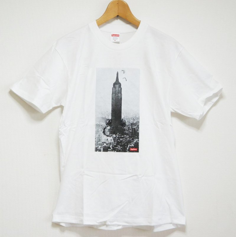 Supreme Mike Kelly The Empire State Building Tee <img class='new_mark_img2' src='//img.shop-pro.jp/img/new/icons15.gif' style='border:none;display:inline;margin:0px;padding:0px;width:auto;' />