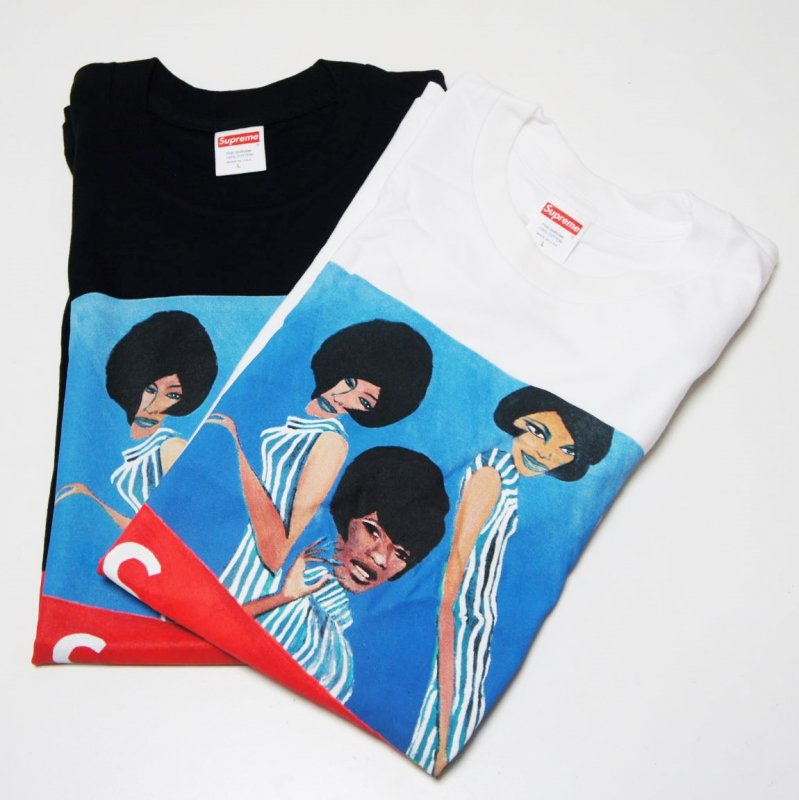 Supreme Group Tee <img class='new_mark_img2' src='//img.shop-pro.jp/img/new/icons15.gif' style='border:none;display:inline;margin:0px;padding:0px;width:auto;' />