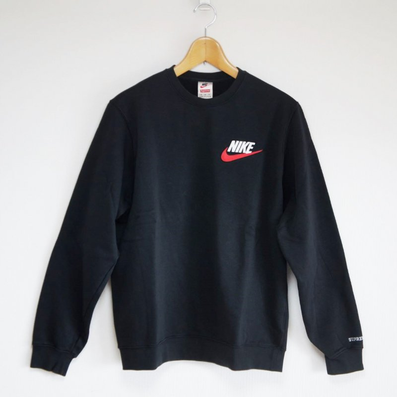 Supreme Nike Crewneck<img class='new_mark_img2' src='//img.shop-pro.jp/img/new/icons15.gif' style='border:none;display:inline;margin:0px;padding:0px;width:auto;' />