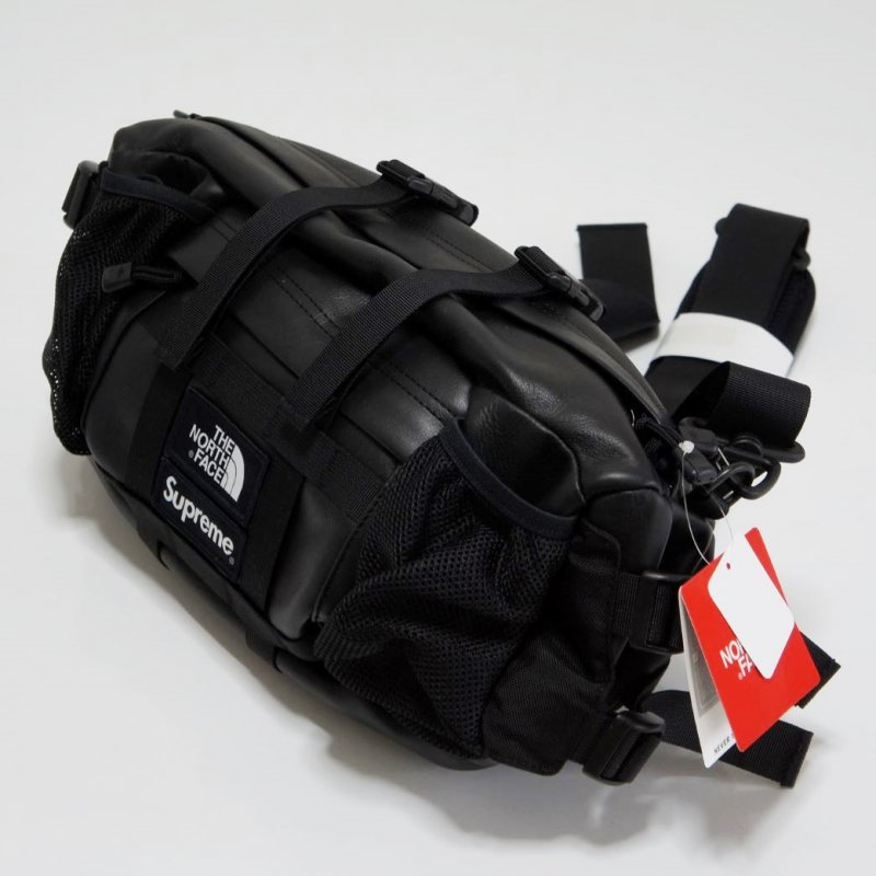 Supreme The North Face Leather Mountain Waist Bag<img class='new_mark_img2' src='https://img.shop-pro.jp/img/new/icons47.gif' style='border:none;display:inline;margin:0px;padding:0px;width:auto;' />