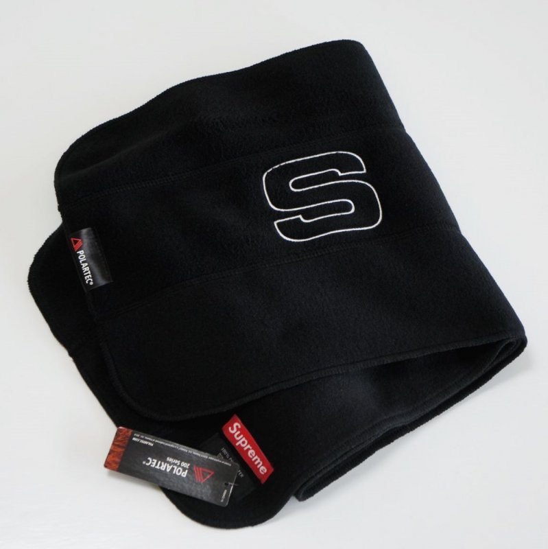 Supreme Polartec Scarf<img class='new_mark_img2' src='https://img.shop-pro.jp/img/new/icons47.gif' style='border:none;display:inline;margin:0px;padding:0px;width:auto;' />