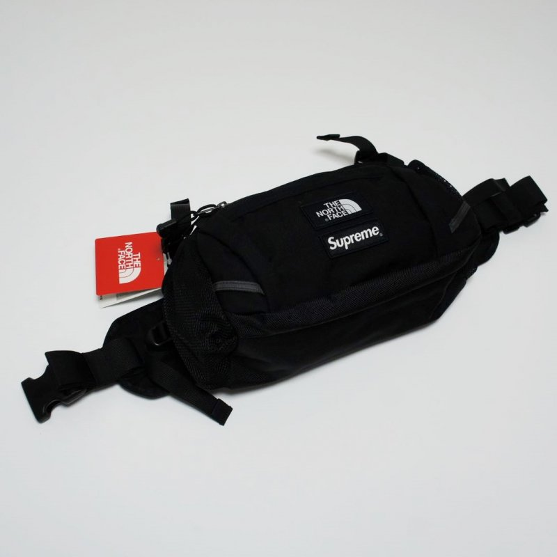 Supreme The North Face Expedition Waist Bag<img class='new_mark_img2' src='//img.shop-pro.jp/img/new/icons47.gif' style='border:none;display:inline;margin:0px;padding:0px;width:auto;' />