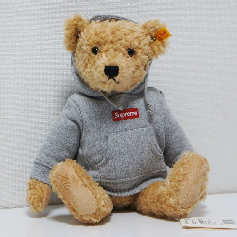 Supreme Steiff Bear<img class='new_mark_img2' src='https://img.shop-pro.jp/img/new/icons47.gif' style='border:none;display:inline;margin:0px;padding:0px;width:auto;' />