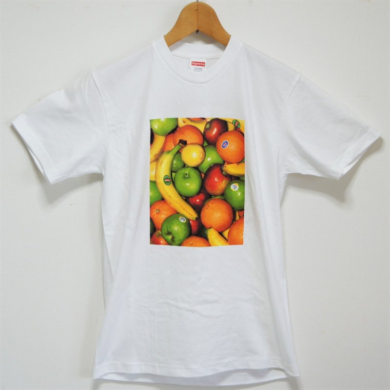 Supreme Fruit Tee<img class='new_mark_img2' src='https://img.shop-pro.jp/img/new/icons47.gif' style='border:none;display:inline;margin:0px;padding:0px;width:auto;' />