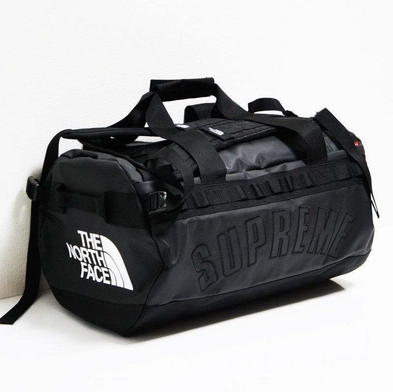 Supreme The North Face  Arc Logo Small Base Camp Duffle Bag<img class='new_mark_img2' src='//img.shop-pro.jp/img/new/icons15.gif' style='border:none;display:inline;margin:0px;padding:0px;width:auto;' />