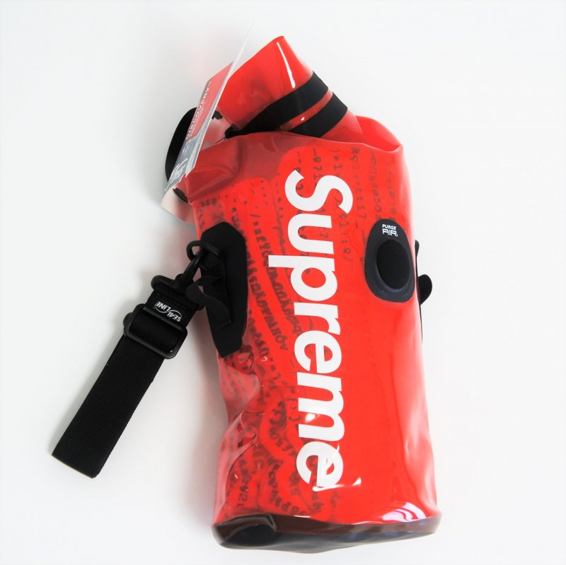 Supreme®/SealLine® Discovery Dry Bag <img class='new_mark_img2' src='https://img.shop-pro.jp/img/new/icons15.gif' style='border:none;display:inline;margin:0px;padding:0px;width:auto;' />