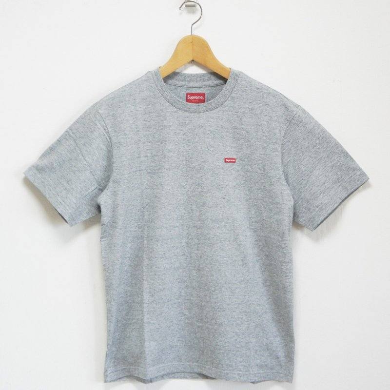 Supreme Small Box Logo Tee<img class='new_mark_img2' src='https://img.shop-pro.jp/img/new/icons47.gif' style='border:none;display:inline;margin:0px;padding:0px;width:auto;' />