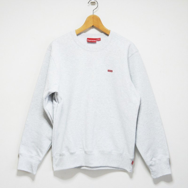 Supreme Small Box Crewneck<img class='new_mark_img2' src='//img.shop-pro.jp/img/new/icons15.gif' style='border:none;display:inline;margin:0px;padding:0px;width:auto;' />