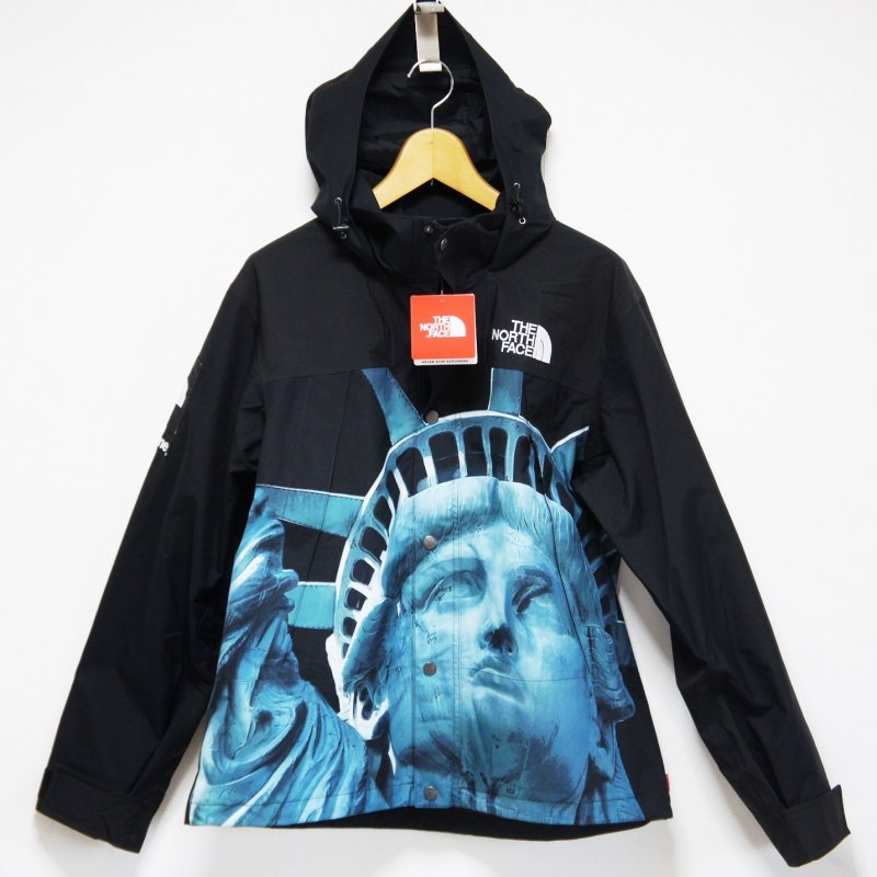 Supreme The North Face Statue of Liberty Mountain Jacket<img class='new_mark_img2' src='https://img.shop-pro.jp/img/new/icons47.gif' style='border:none;display:inline;margin:0px;padding:0px;width:auto;' />