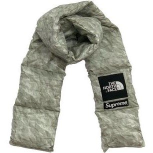 Supreme The North Face Paper Print 700 Fill Down Scarf<img class='new_mark_img2' src='//img.shop-pro.jp/img/new/icons15.gif' style='border:none;display:inline;margin:0px;padding:0px;width:auto;' />