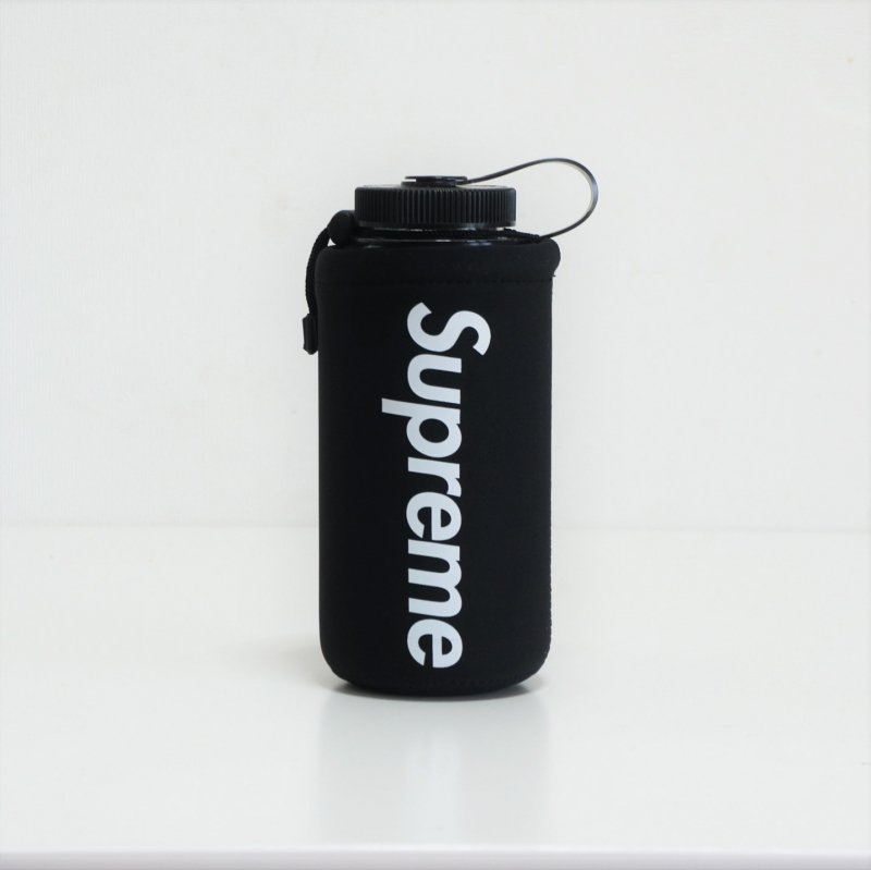Supreme Nalgene Bottle<img class='new_mark_img2' src='//img.shop-pro.jp/img/new/icons15.gif' style='border:none;display:inline;margin:0px;padding:0px;width:auto;' />