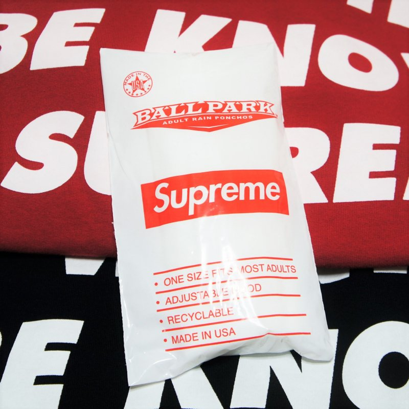 Supreme Ballpark™ Poncho<img class='new_mark_img2' src='https://img.shop-pro.jp/img/new/icons15.gif' style='border:none;display:inline;margin:0px;padding:0px;width:auto;' />