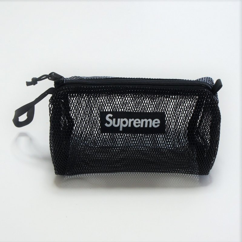 Supreme Utility Pouch<img class='new_mark_img2' src='https://img.shop-pro.jp/img/new/icons15.gif' style='border:none;display:inline;margin:0px;padding:0px;width:auto;' />