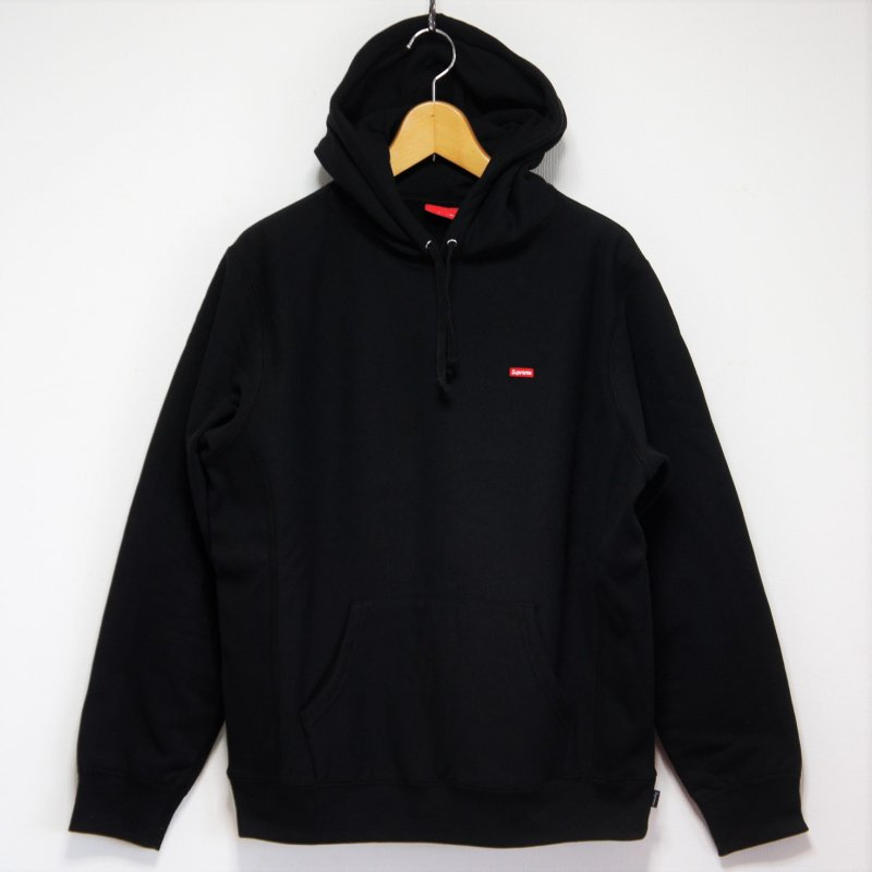 Supreme Small Box Logo Hooded Sweatshirt<img class='new_mark_img2' src='https://img.shop-pro.jp/img/new/icons47.gif' style='border:none;display:inline;margin:0px;padding:0px;width:auto;' />