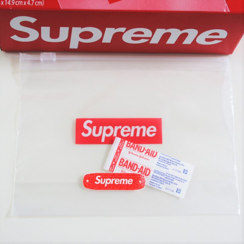 Supreme®/Ziploc® Bag BAND-AID Brand<img class='new_mark_img2' src='https://img.shop-pro.jp/img/new/icons15.gif' style='border:none;display:inline;margin:0px;padding:0px;width:auto;' />