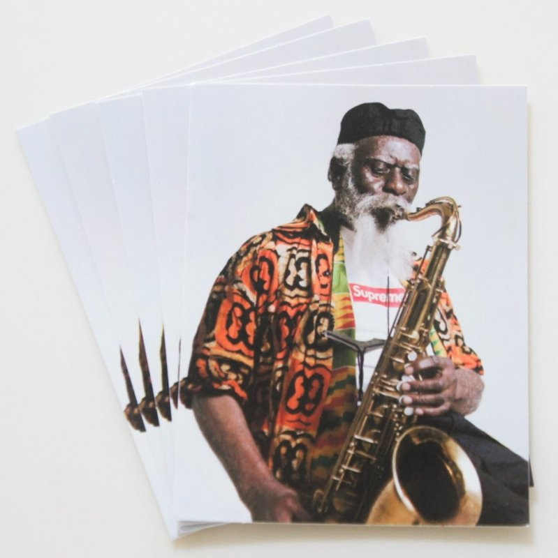Supreme Pharoah Sanders Tee Sticker<img class='new_mark_img2' src='https://img.shop-pro.jp/img/new/icons15.gif' style='border:none;display:inline;margin:0px;padding:0px;width:auto;' />