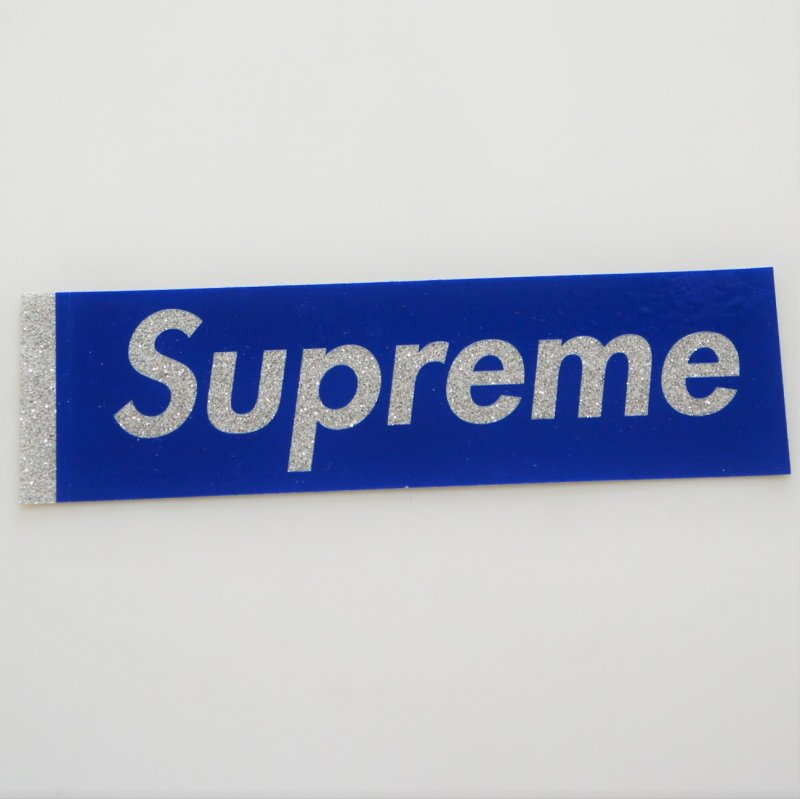 Supreme Bling Blue Box Logo Sticker<img class='new_mark_img2' src='https://img.shop-pro.jp/img/new/icons15.gif' style='border:none;display:inline;margin:0px;padding:0px;width:auto;' />
