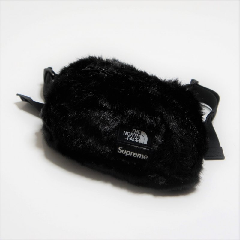 Supreme North Face Faux Fur Waist Bag<img class='new_mark_img2' src='https://img.shop-pro.jp/img/new/icons15.gif' style='border:none;display:inline;margin:0px;padding:0px;width:auto;' />