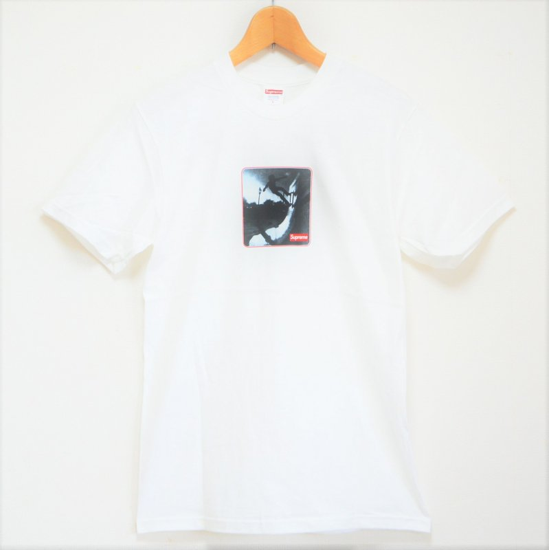 Supreme Shadow Tee<img class='new_mark_img2' src='https://img.shop-pro.jp/img/new/icons15.gif' style='border:none;display:inline;margin:0px;padding:0px;width:auto;' />