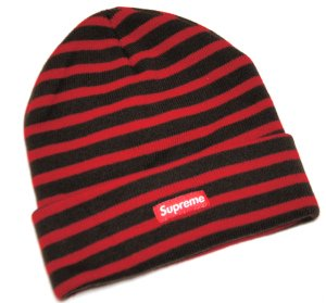 <img class='new_mark_img1' src='https://img.shop-pro.jp/img/new/icons47.gif' style='border:none;display:inline;margin:0px;padding:0px;width:auto;' />Supreme Stripe Beanie
