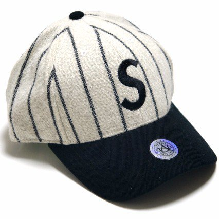 Supreme Pinstripe SロゴCap<img class='new_mark_img2' src='https://img.shop-pro.jp/img/new/icons47.gif' style='border:none;display:inline;margin:0px;padding:0px;width:auto;' />