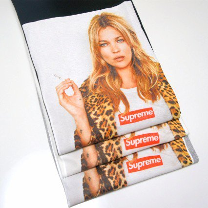 Supreme Kate Moss Tee<img class='new_mark_img2' src='//img.shop-pro.jp/img/new/icons47.gif' style='border:none;display:inline;margin:0px;padding:0px;width:auto;' />