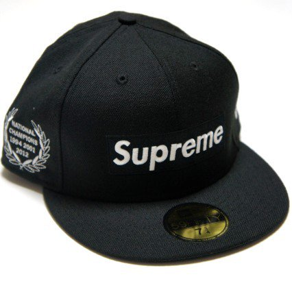 Supreme Box Logo New Era Cap<img class='new_mark_img2' src='//img.shop-pro.jp/img/new/icons47.gif' style='border:none;display:inline;margin:0px;padding:0px;width:auto;' />