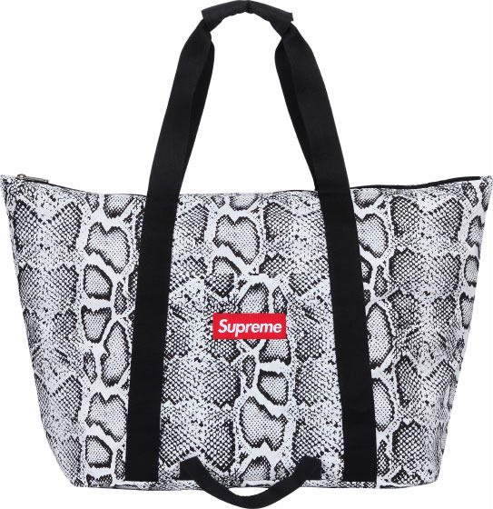 Supreme Snake Packable Tote Bag<img class='new_mark_img2' src='//img.shop-pro.jp/img/new/icons15.gif' style='border:none;display:inline;margin:0px;padding:0px;width:auto;' />