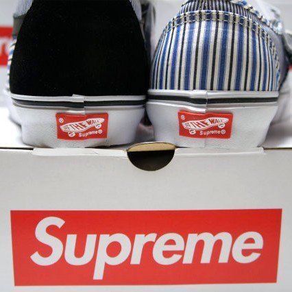 COMME des GARCONS SHIRT  Supreme  VANS Authentic<img class='new_mark_img2' src='//img.shop-pro.jp/img/new/icons47.gif' style='border:none;display:inline;margin:0px;padding:0px;width:auto;' />