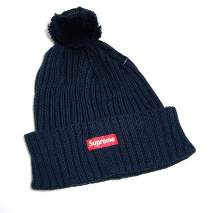 Supreme Ribbed Supreme Logo Beanie<img class='new_mark_img2' src='//img.shop-pro.jp/img/new/icons47.gif' style='border:none;display:inline;margin:0px;padding:0px;width:auto;' />