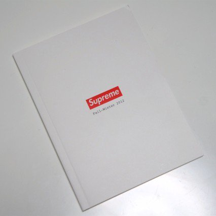 Supreme Book Fall Winter 2012<img class='new_mark_img2' src='//img.shop-pro.jp/img/new/icons47.gif' style='border:none;display:inline;margin:0px;padding:0px;width:auto;' />