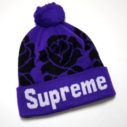 Supreme Rose Supreme Logo Beanie<img class='new_mark_img2' src='//img.shop-pro.jp/img/new/icons47.gif' style='border:none;display:inline;margin:0px;padding:0px;width:auto;' />